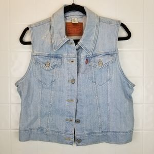 Levi Strauss & Co Size Large distressed jean vest